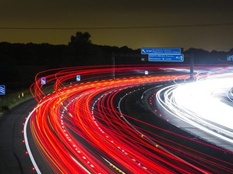 La vitesse du véhicule enregistrée grâce au chronotachygraphe